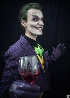 Joker cosplay by The Puddins' Cosplay