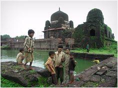 Malik Mugthis Mosque, India