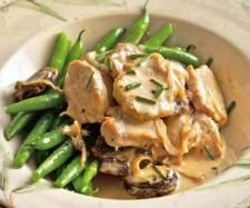 Recipe Creamy Pork & Vegetables by learn to make this recipe easily in your kitchen machine and discover other Thermomix recipes in Main dishes - meat. Prune Recipes, Steak Recipes, Easy Cooking, Cooking Recipes, Vegan Recipes, Bellini Recipe, Pork Fillet, Pork Ribs, Good Food