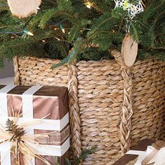 The advantage of having a small tree is that you can put it in a basket! | 21 Ways To Decorate A Small Space For The Holidays