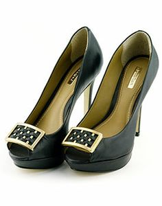 49 Casual Sexy Shoes For Teens shoes womenshoes footwear shoestrends Tory Burch Flats, Peeps, Peep Toe, Dress Up, Footwear, Sexy, Casual, Shoes, Vintage