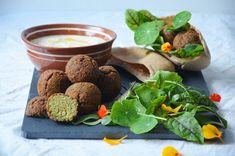 Kublanka vaří doma - Falafel pita Falafel Pita, Candle Jars, Food, Essen, Meals, Yemek, Eten