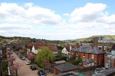 A modern two double bedroom top floor flat located at the Eastern end of the High Street and situated within a short walk of Dorking mainline and Deepdene Stations and convenient for the shops and restaurants of the Town.