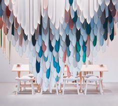 Em abril, a cidade italiana de Milão transforma-se na vitrine do design mundial com o Salão Internacional do Móvel e o Fuori Saloni. Veja o que vai ocontecer lá no site. www.revistainterarq.com.br