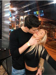 Cute Couples Photos, Cute Couple Pictures, Cute Couples Goals, Couple Goals, Couple Photos, Wanting A Boyfriend, Boyfriend Goals, Future Boyfriend, Relationship Goals Pictures
