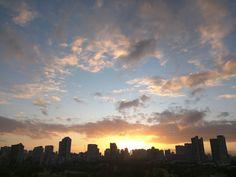 No ka oi . #luckytolivehawaii #sunsets #sunset #Waikiki #hawaii #honolulu #ハワイ #ホノルル #サンセット #ワイキキ #instasunset #sky #instasky #igsunset #orange #amazingsunset #clouds #cloud #cloudporn #colors #nofilter #awesome #nofilterneeded #おつかれさま #sky #orange #instasunset #igsunset #igers #paradise