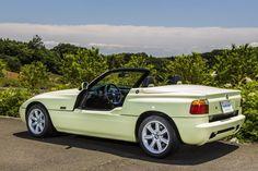 Funmee!!で紹介された、Z1をピックアップ。 「ドアが下がった状態は他に類を見ない特徴的なスタイルですね」 #BMW #Z1 Bmw Z1, Bella, Cars, Autos, Future, Vehicles, Car, Automobile