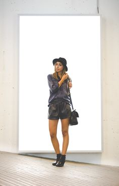 Fall fashion, leather shorts, military blouse, black booties, http://the-unprecedented.ca/realitytvdating-2/