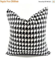 SALE BLACK PILLOW Cover. 22x22  pillow cover.Houndstooth.Black