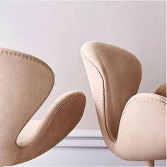 swan chair by arne jacobsen for fritz hansen