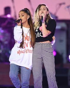 New Trending Celebrity Looks: fymiley:Miley Cyrus onstage with Ariana Grande performing Don't....  fymiley:  Miley Cyrus onstage with Ariana Grande performing Don't Dream It's Over at One Love Manchester; June 4
