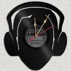 DJ Head Vinyl Record clock Upcycled vinyl records by geoartcrafts, Vinyl Record Crafts, Vinyl Record Clock, Vinyl Art, Lps, Photos Booth, Clock For Kids, Old Vinyl Records, Cool Clocks, Diy Clock