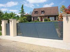Comment bien choisir son portail ? Photo portail coulissant aluminium - Fabricant KSM - Production