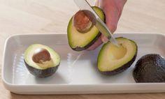 Guacamole – matprat.no Guacamole, Avocado, Fruit, Food, Lawyer, Essen, Meals, Yemek, Eten