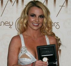 Check out #Britney #Spears with our Isabella in Rose Gold! Shop it here: http://breraorologi.com/womens-watches/isabella