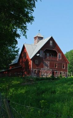old red barn, green green grass