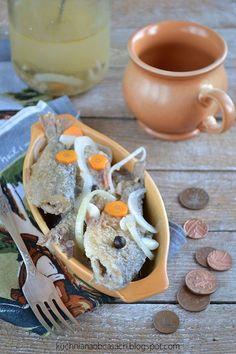 kuchnia na obcasach: Smażona ryba (płoć, płotka) w zalewie octowej
