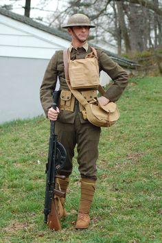 1918 Marine chuchat gunner