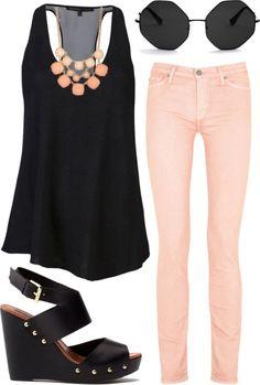 Para salir en la noche unos jeans pastel y complementos negros serán tu mejor opción. Encuentra más ideas en http://www.1001consejos.com/moda