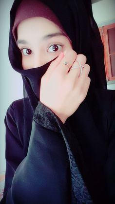 ideas funny couple selfies faces for 2019 Muslim Girls Photos, Stylish Girls Photos, Stylish Girl Pic, Girl Photos, Beautiful Muslim Women, Beautiful Hijab, Hijabi Girl, Girl Hijab, Cute Girl Poses