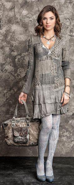 итальянский дизайнер одежды и интерьеров, поэтесса и бизнес-леди Даниэла Даллавалле