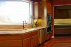 Μετά από μια κουραστική ημέρα θέλουμε να γυρίσουμε πως και πως σε ένα'ζεστό', οικείο και φιλόξενο χώρο. Το σπίτι μας... Για να χαλαρώσουμε, να ξεκουραστού Kitchen Island, Kitchen Cabinets, Organization Hacks, Home Decor, Tips, Island Kitchen, Decoration Home, Room Decor, Cabinets