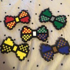 Perler Bead hair bows / bow ties ( Harry Potter house themed )  https://instagram.com/mugglemerch/