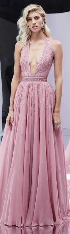 Zuhair Murad Spring Summer 2017 Ready-to-Wear Couture… Zuhair Murad, Formal Gowns, Couture Dresses, Beautiful Gowns, Pretty Dresses, Evening Dresses, Boho Prom Dresses, Runway Fashion, Designer Dresses