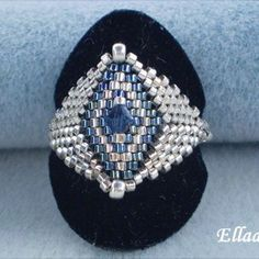 medium_blue-and-silver-ring.jpg (335×335)