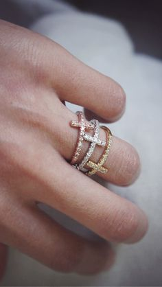 cross rings <3