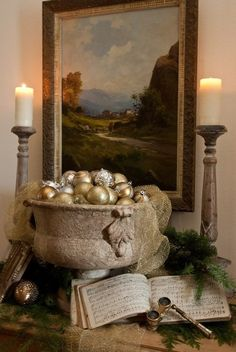 elegant Christmas mantle - Ana Rosa