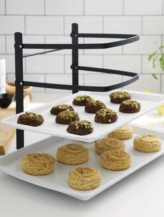 Every professional baker will tell you that the most important ingredient every recipe calls for is quality bakeware. At Crate and Barrel, we assist the home baker with their favorite cookies, cupcakes and pies by testing and curating only what we consider to be the best of the best—from mixing and rolling to baking and cooling. Chosen for its ease of use, consistent performance and quality construction, our bakeware will treat you to many years of cookies, cupcakes and pies.