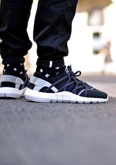 Nike Air Huarache NM: Black/White