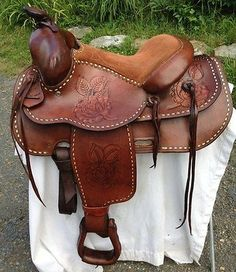 Classic-15-15-1-2-Vintage-Roping-Ranch-All-Around-Western-Saddle-GORGEOUS