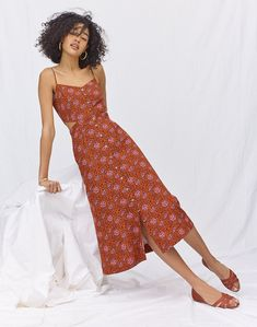 d0a380aca6 Cutout Cami Midi Dress in Warm Paisley