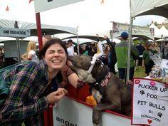 Pit Bull Kissing Booth-Angel City Pit Bulls smoochy woochy #PittyLuv