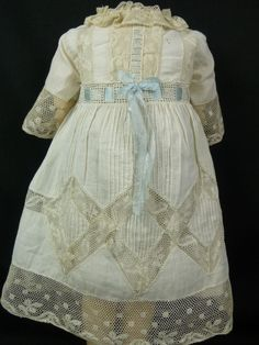 FRENCH WHITE BATISTE ANTIQUE DOLLS DRESS WITH TUCKS AND LACE