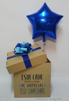 Caja sorpresa feliz cumpleaños Diy Birthday, Birthday Gifts, Happy Birthday, Diy Father's Day Gifts, Love Gifts, Creative Gift Wrapping, Creative Gifts, Cute Boyfriend Gifts, Flower Box Gift