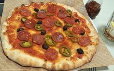 Pizza sin lactosa y picante en Massa Barcelona. Una pizzería totalmente personalizable.