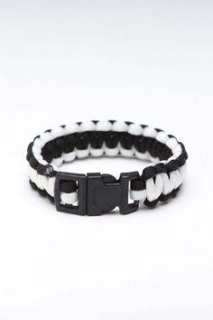 Nylon Paracord Bracelet.