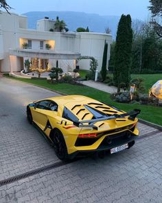 The most up to date luxury cars that come to be desire cars. Not only does the exterior appearance adjustment, in this cars and truck there are additionally a lot of the current innovative attributes. #luxurycars#bestcars#lastestcars