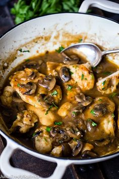 Learn From These Mistakes Before You Learn Chicken Marsala Easy - Quick Healthy Recipes Top Recipes, Dinner Recipes, Healthy Recipes, Recipies, Dinner Ideas, Healthy Cooking, Cooking Recipes, Food Network Recipes, Food Dishes