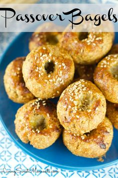 Passover Bagels - Super easy to make and delicious. These Passover rolls are sweet and savory with a sesame topping. Serve them warm on your Pesaj Seder recipes Delicious Passover Bagels Passover Recipes, Jewish Recipes, Passover Food, Passover Desserts, Passover Rolls Recipe, Passover Feast, Israeli Recipes, Israeli Food, Comida Judaica