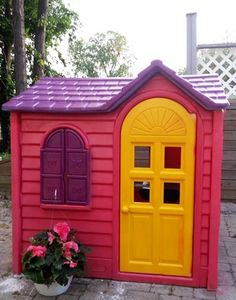 6 Ways Clever Parents Have Transformed This Classic Little Tikes Playhouse The sunny yellow door and bold jewel tones on this Little Tikes playhouse are super festive — and make us wish a purple roof was practical on our own homes. Little Tykes Playhouse, Toddler Playhouse, Plastic Playhouse, Kids Indoor Playhouse, Build A Playhouse, Playhouse Ideas, Indoor Playground, Kallax, New Swedish Design