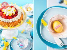 Erdbeertorte zu #Ostern, #Blumen auf #Torte, #Hasengirlande, #Ostereier beschriften; #Strawberry cake, #easter #cake, #easter decoration