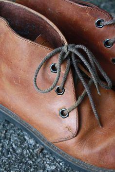 Tan Chukka Hiking Boots Womens Size 9 US by flickaochpojke on Etsy, $35.00