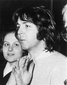 Alasdhair Willis, Linda Eastman, The Quarrymen, Paul And Linda Mccartney, Paul Mccartney Young, Kinds Of Dance, Sir Paul, Beatles Songs, Successful Marriage