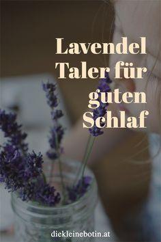 Es ist nicht immer leicht, abends zur Ruhe zu finden. Mit Lavendel gelingt das leichter. Die einfachen Lavendel Taler sind schnell gemacht und bringen sanfte Träume. Herbs, Food, Families, Group, Goodies, Lavender, Essen, Herb, Meals