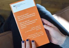 Publikationen für Flüchtlinge des Bundesfamilienministeriums  Informationen über Hilfs- und Schutzangebote, zum Beispiel für schwangere Frauen oder Menschen in Not, stehen hier zum Download oder zur Bestellung bereit. Viele davon sind in verschiedenen Sprachen erhältlich.