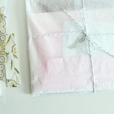 wings and papers /// ailes et papiers Find Color, Happy Mail, Some Ideas, Embellishments, Wings, Gift Wrapping, Packaging, Gifts, Paper